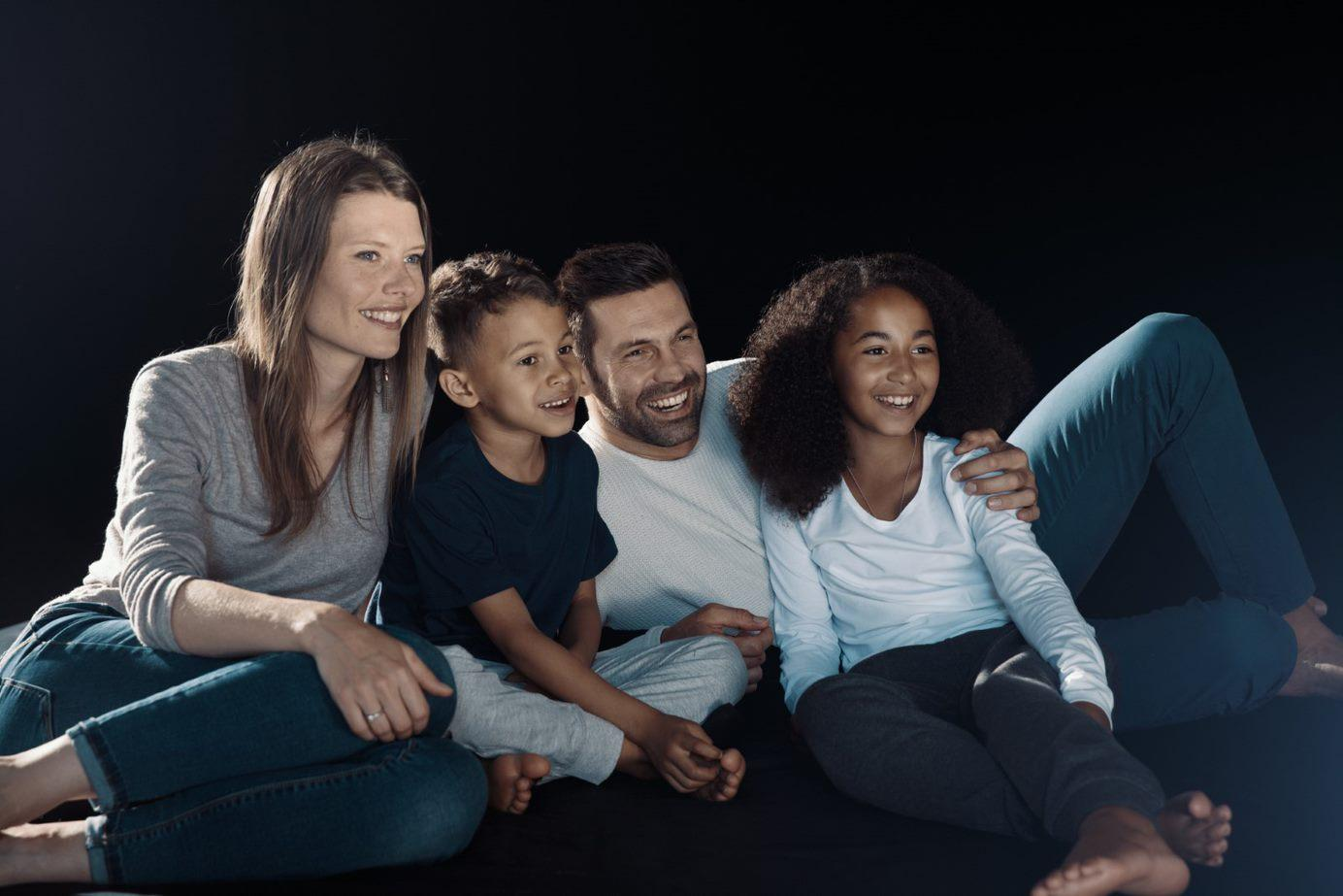 Engaging_familywatchingTV